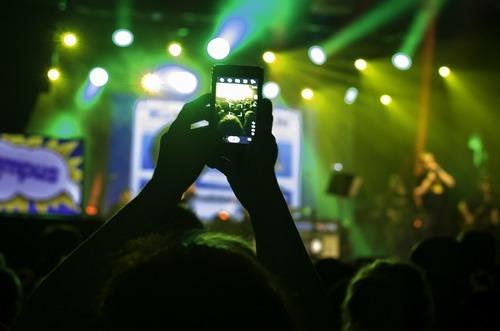 Ladda din iPhone med rockmusik
